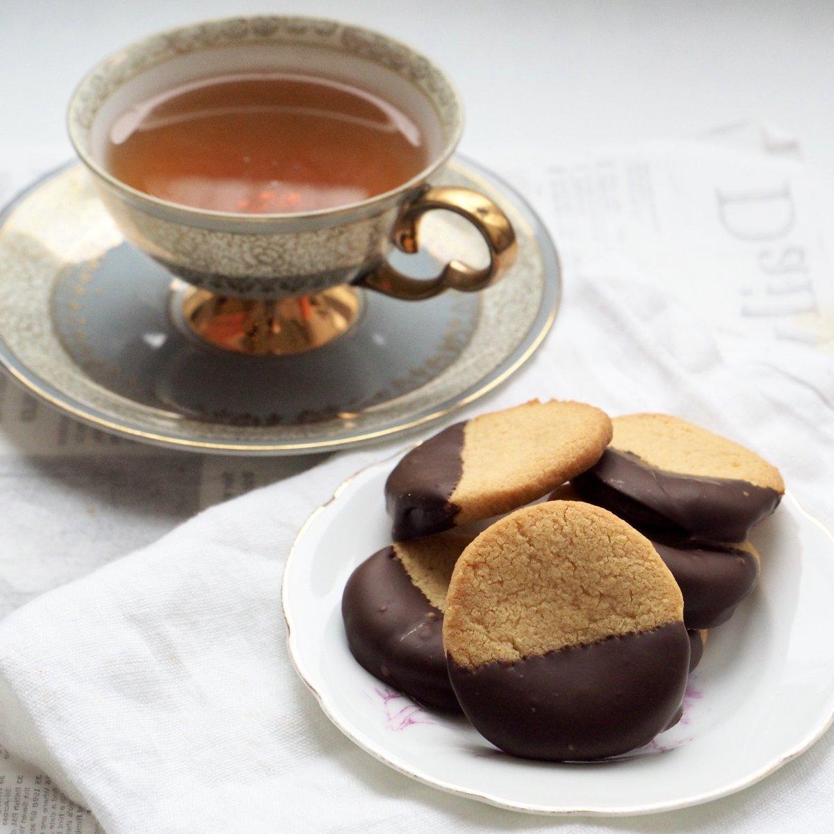 Glutenvrije amandelkoekjes met chocolade