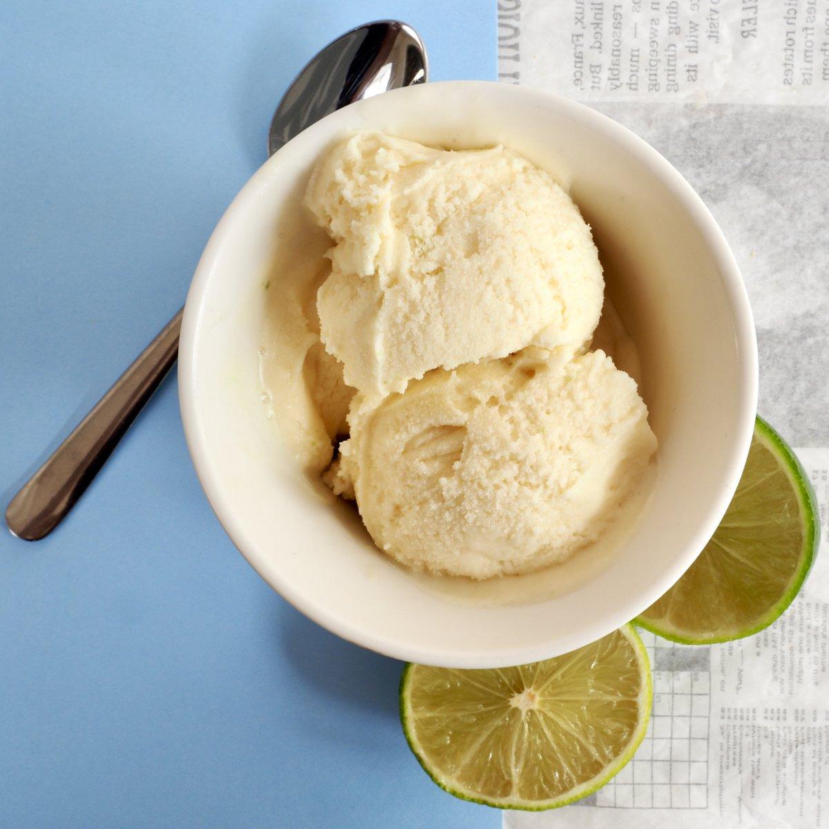 Glutenvrij nagerecht, kokos-limoen ijs