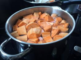 Zoete aardappel voor een lekkere ovenschotel met gehakt