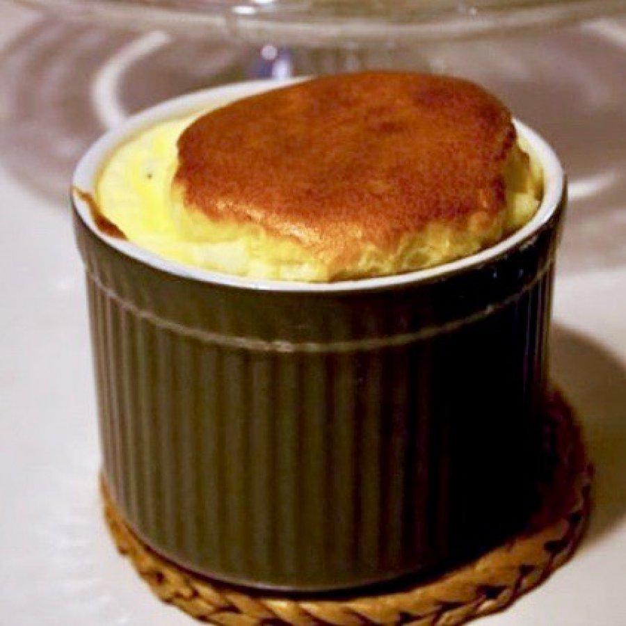 Glutenvrije paassoufflé met kaasvulling