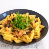 Glutenvrije garnalen pasta met parmezaanse kaas